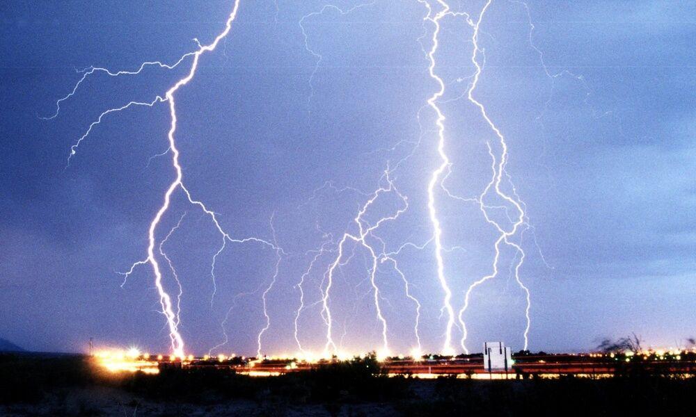 Electricidad: tormenta eléctrica